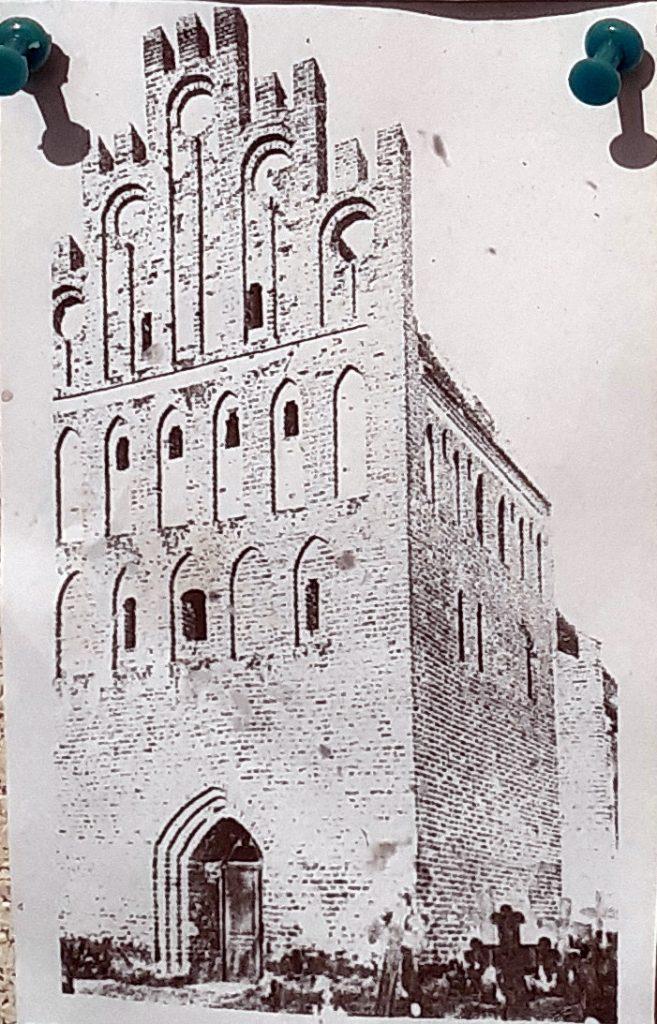 Tak wyglądał kościół w Strzeżenicach