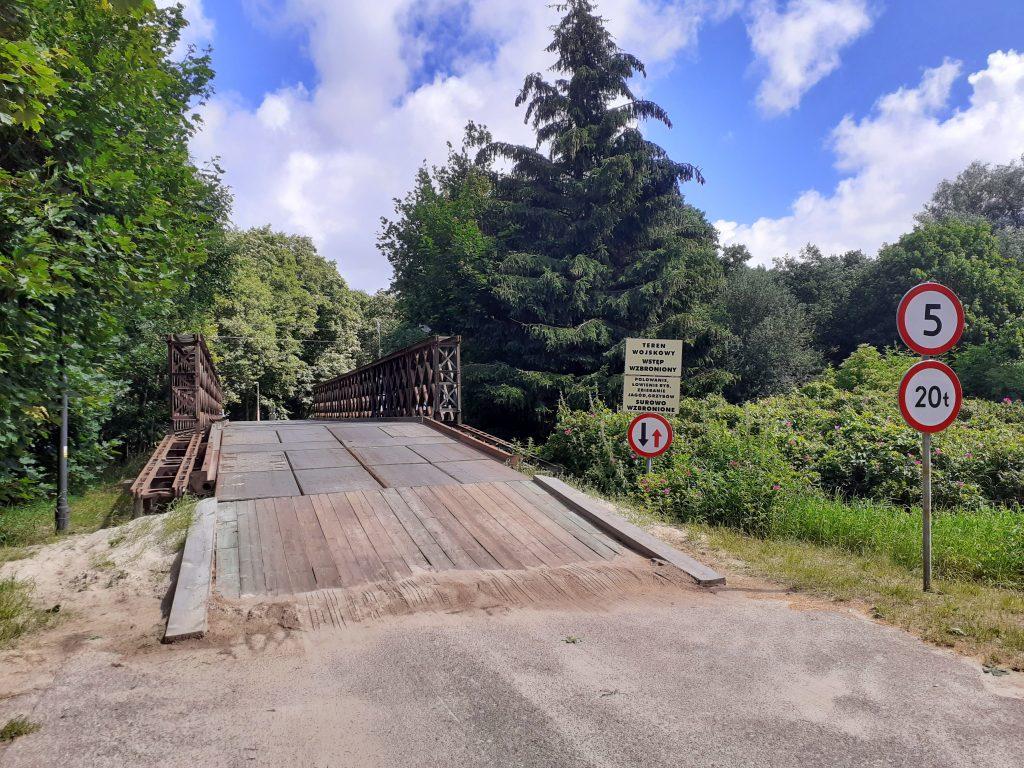 Most wojskowy