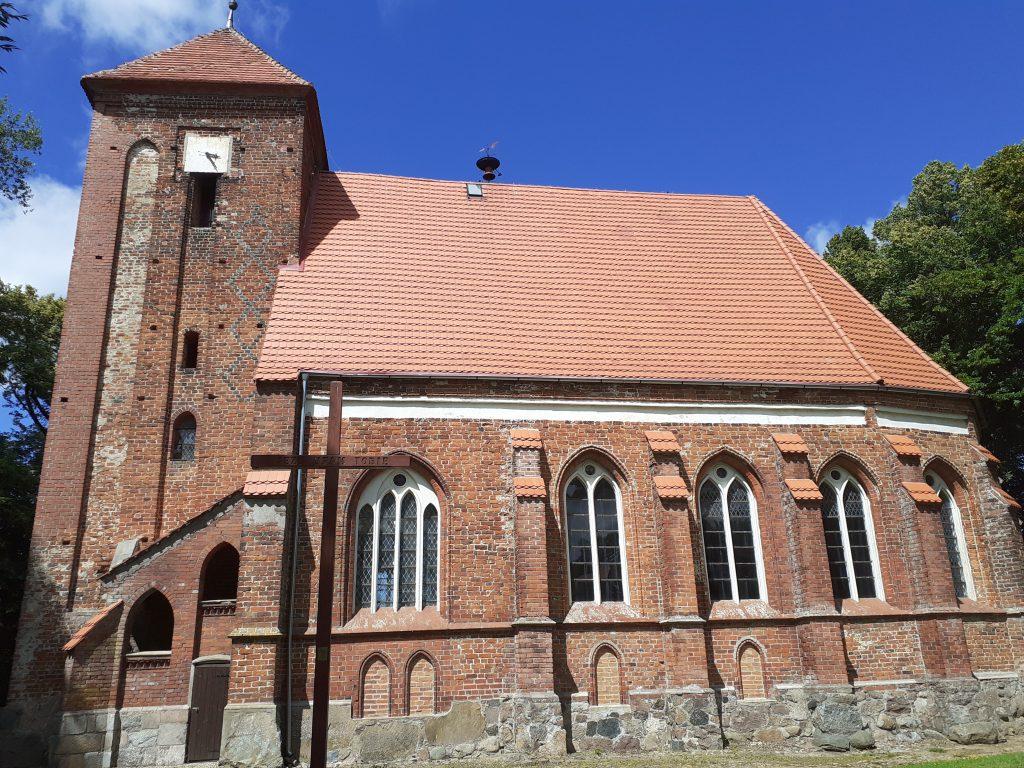 Kościół w Barzowicach