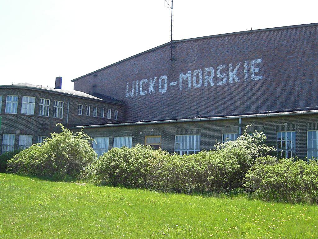 Nieistniejący już stary hangar na lotnisku Wicko Morskie