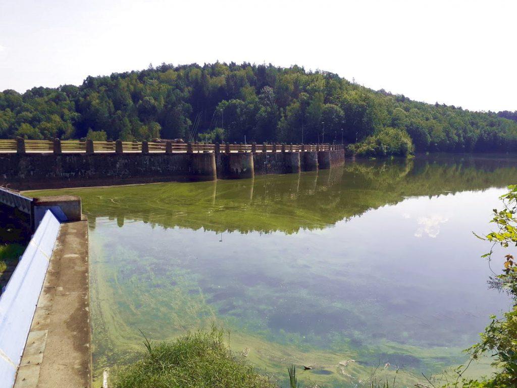 Zapora  i Jezioro Złotnickie