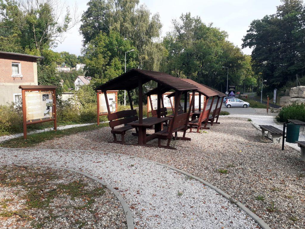 Parking i plac Lwóweckich Gwarków