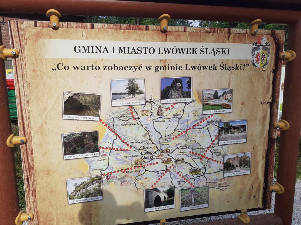 Jedna z tablic informacyjnych na placu Gwarków Śląskich