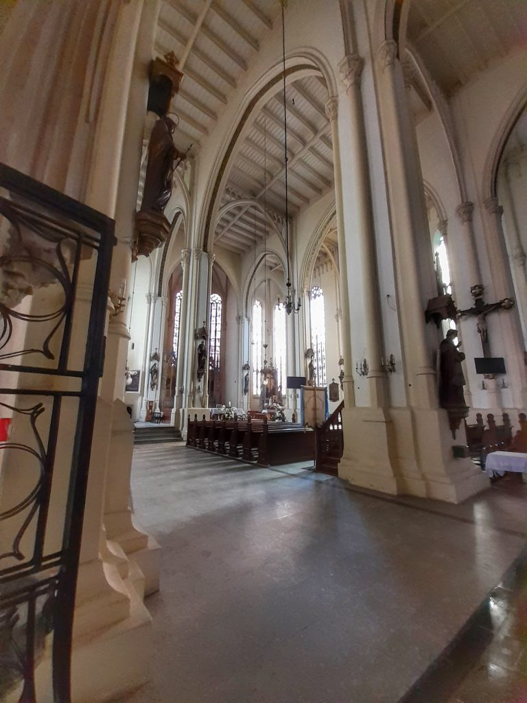 Wnętrze kościoła Wniebowzięcia Najświętszej Maryi Panny